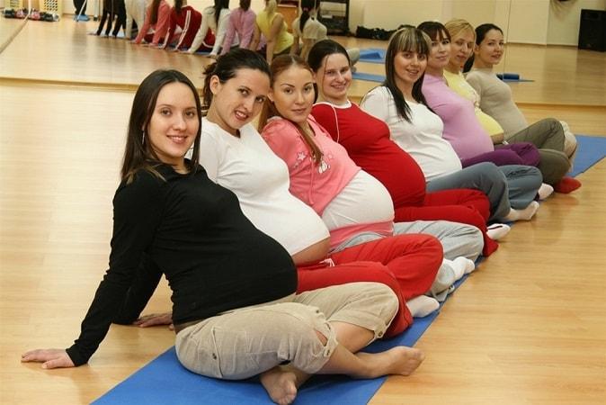 Тренинги и занятия для беременных