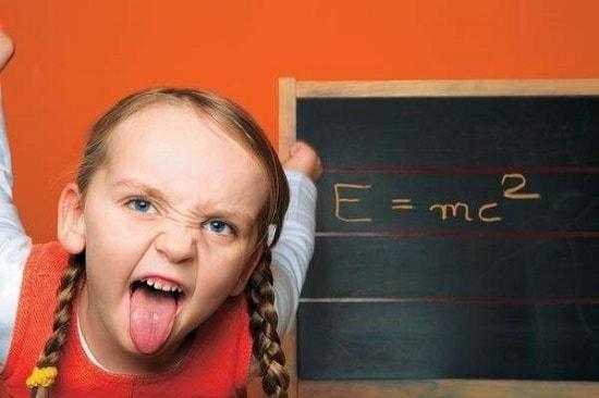 Гиперактивность у школьницы