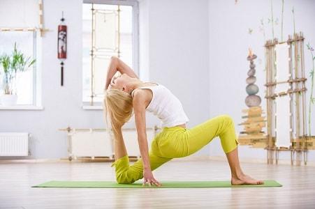 Сложная асана йога