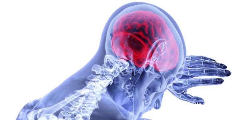 Боль в животе на нервной почве: в чем причины и как избавиться